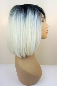 Blonde Bob Wig, Blonde Bobs, Short Blonde, Blonde Ombre, Types Of Blondes, Short Straight Haircut, I Go To Work, Ombre Wigs, Shades Of Blonde
