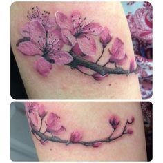 tattoos for women on leg Tattoos For Kids, Love Tattoos, Beautiful Tattoos, Body Art Tattoos, New Tattoos, Hand Tattoos, Tattoos For Women, Tatoos, Tattoo Son