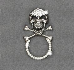 Keep your shades handy wherever you go! Biker Accessories, Wherever You Go, Skull Pendant, Cool Outfits, Brooch, Purses, Sunglasses, Bracelets, Harley Davidson