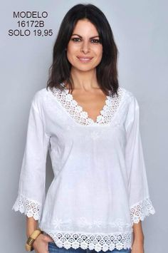 Pin on blusas Kurta Designs, Blouse Designs, Fashion Mode, Womens Fashion, Sewing Clothes, Dress Patterns, Blouses For Women, Designer Dresses, Fashion Dresses