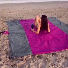 Free Beach, Cool Gadgets To Buy, Beach Blanket, Us Beaches, Cool Things To Buy, Stuff To Buy, Cool Stuff, Random Stuff, Beach Trip