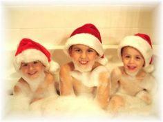 Christmas card photo idea, too cute! Christmas Card Template, Funny Christmas Cards, Christmas Photo Cards, Xmas Cards, Christmas Humor, Christmas Holidays, Christmas Crafts, Christmas Ideas, Christmas Signs