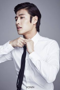 Kang Ha Neul // Moon Lovers: Scarlet Heart Ryeo & The Heirs Asian Actors, Korean Actors, Hot Actors, Actors & Actresses, Kang Ha Neul Moon Lovers, Jun Matsumoto, Hong Ki, Kang Haneul, Park Hyung