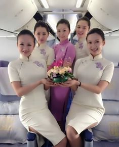 A warming welcome to China Southern Airlines from our beautiful crew. Asian Woman, Asian Girl, Air Hostess Uniform, Flight Girls, China Southern Airlines, Airline Cabin Crew, Airline Uniforms, Girls Uniforms, How To Pose