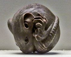 Netsuke, Victoria and Albert Museum,