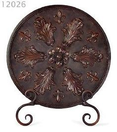 "Tuscan 23"" Fleur de Lis and Acanthus Charger With Stand"