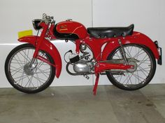 Vespa Scooters, Cars And Motorcycles, Mopeds, Bike, Vehicles, Control Panel, Old Bikes, Custom Motorcycles, Automobile