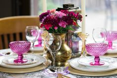 Each table has it's own theme & color