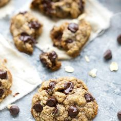 The BEST healthier oatmeal chocolate-chip cookies: NO flour or butter PLUS only 4 tablespoons sugar!