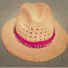 c12c41ed57bc7 ☀️Raffia Sun hat 100% raffia. Worn twice. Pink beads. Popular Bora