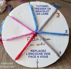 TUTO tresser un bracelet en laine Tutorial to make a wool bracelet, with cardboard and wool. An easy and fast bracelet to manufacture for cheap. Healing Bracelets, Loom Bracelets, Gemstone Bracelets, Lava Bracelet, Bead Embroidery Jewelry, Micro Macrame, Boyfriend Gifts, Diy For Kids, Wool