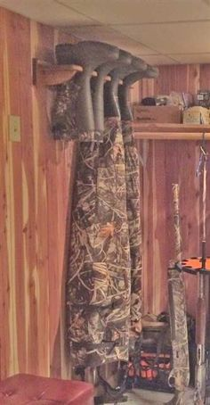 Bootfoot waders in wader hanger More You are in the right place about english Hunting Decor Here we Hunting Cabin Decor, Duck Hunting Decor, Hunting Gear, Hunting Man Caves, Rustic Cabin Decor, Deer Hunting, Boys Hunting Room, Decoration Entree, Gun Rooms