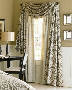 Drapeado hecho con la tela fijada a la barra y con caídas a los lados. Por debajo se ocultan las cortinas. #Esmadeco.