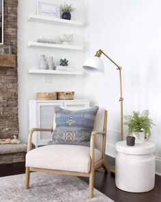 Living Room Corner Decor, Accent Chairs For Living Room, Boho Living Room, Living Room With Fireplace, Living Room Modern, Long Living Rooms, Living Room Lamps, Living Room Flooring, Home Room Design