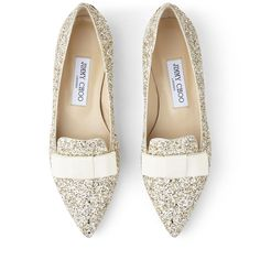 Think flat wedding shoes are not as elegant as heels? We've rounded up our favorite ballet pumps, flat peep-toes and bridal sandals. Bridal Sandals, Bridal Shoes, Wedding Shoes, Dream Wedding, Creative Wedding Inspiration, Glitter Flats, Ballerina Flats, Ballet, Silver Rhinestone