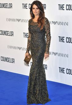 Penélope Cruz con vestido largo de noche de encaje