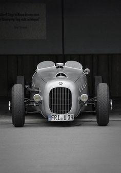 BMW #bmw #bmwcars #cars #bmwclassic #bmwconvertible #car #convertibles #conceptcars