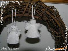 Andělíčci z odličovacích tamponků