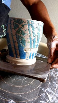 Most recent Free of Charge slab Ceramics videos Popular How I throw handbuilt m . Most recent Free of Charge slab Ceramics videos Popular How I throw handbuilt mugs on the wheel. Hand Built Pottery, Thrown Pottery, Slab Pottery, Pottery Art, Ceramic Pottery, Slab Ceramics, Ceramics Pottery Mugs, Pottery Lessons, Pottery Handbuilding