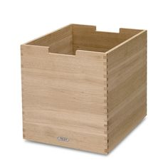 Skagerak - Cutter Box, groß, Eiche Jetzt bestellen unter: https://moebel.ladendirekt.de/dekoration/aufbewahrung/kaestchen/?uid=92759f25-adcf-575f-9bbb-801cfd6d9f8f&utm_source=pinterest&utm_medium=pin&utm_campaign=boards #kiste #shop #hvass #skagerak #design #aufbewahrung #cutter #box #aufebwahrung #kaestchen #niels #dekoration
