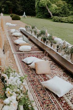Comfy Bohemian Garden picnic wedding - carpets and cushions Bodas Boho Chic, Garden Picnic, Picnic Dinner, Outdoor Dinner Parties, Picnic Time, Summer Picnic, Summer Diy, British Wedding, Boho Diy