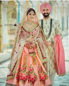 Wedding Function Outfits Inspiration for groom. Heavy floral embroidery or a minimal floral print sherwani for wedding outfit. Sikh Wedding Dress, Punjabi Wedding Couple, Couple Wedding Dress, Wedding Outfits For Groom, Indian Wedding Couple Photography, Wedding Lehnga, Wedding Sherwani, Indian Bridal Outfits, Bridal Lehenga