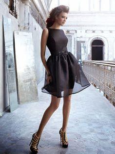 DIY: transformar un vestido con una sobrefalda de tul