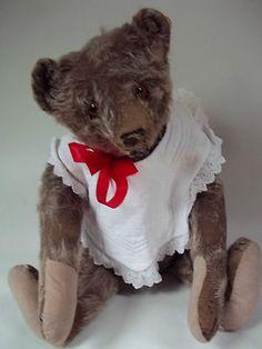 Antique Steiff Bear 1915 with button intact. Photo via Ebay