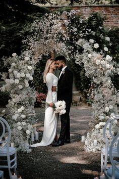 White Wedding Arch, Outdoor Wedding Flowers, Black And White Wedding Theme, Flower Wall Wedding, Wedding Reception Flowers, Floral Wedding, Wedding Aisle Outdoor, Wedding Ceremony Backdrop, Wedding Wall