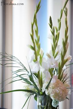 Gladiolus Flowers And Hydrangea Centerpiece By Grbic Events Events Gladiolus Centerpiece