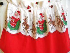 Here Comes Santa Claus Vintage Christmas Holiday Apron
