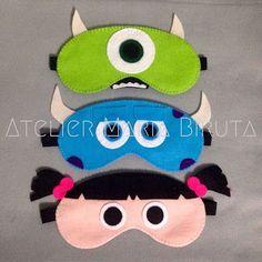 Mascara de dormir/ faca c o personagem de sua preferência Felt Crafts Diy, Crafts To Sell, Sewing Crafts, Sewing Projects For Kids, Sewing For Kids, Crafts For Kids, Monster Mask, Felt Mask, Felt Patterns