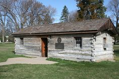 Here is an original Pony Express Station in Gothenburg, Nebraska.  The is also a sod house nearby.  It was an interesting look back in our history.