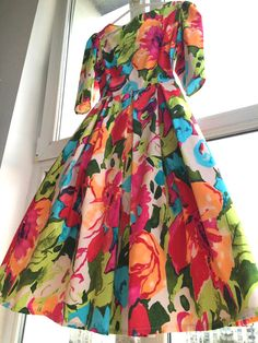 Spring retro bouquet by Livada cu rochii Retro, Floral, Skirts, Fashion, Moda, Fashion Styles, Flowers, Skirt