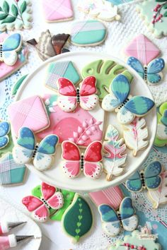 Spring and Summer Cookies - New Digital Download Luau Cookies, Summer Cookies, Iced Cookies, Royal Icing Cookies, Cookies Et Biscuits, Easter Cookies, Cut Out Cookie Recipe, Cut Out Cookies, E Learning