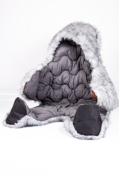 We all have always dreamed of this when we were a child !  Ahead - Hibernatus Grey