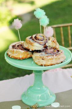 Mothers Day Brunch simple menu ideas - A Blissful Nest #mothersday