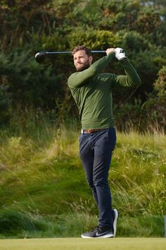 Golf is sexy, you guys!! These pics of Jamie Dornan golfing are just… wow.