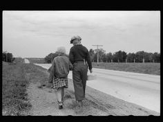 John Vachon Untitled photo, possibly related to: Rural schoolchildren, Minnesota. Library of Congress Prints and Photographs Division. Grapes Of Wrath, Great Depression, Historical Images, Library Of Congress, Short Film, Minnesota, America, History, Couple Photos