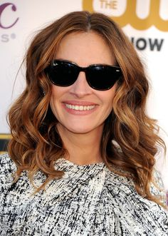 Julia Roberts has perfected her waves #WavyHair