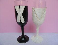 Par de taças decoradas - noivos
