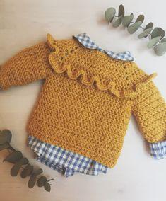 Crochet Girls, Crochet For Kids, Free Crochet, Knit Crochet, Crochet Toddler, Crochet Baby Cardigan, Crochet Baby Clothes, Baby Outfits, Kids Outfits