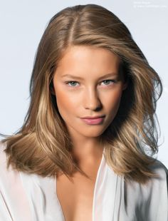 The perfect medium length haircut, natural blonde hair color and nude makeup. All in one pic!