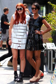 Ese outfit para fest :O --End-of-Summer Style Inspiration Straight from Lollapalooza's Best-Dressed Attendees (Celebs Like Caroline Hjelt and Aino Jawo of Icona Pop Included! Stylish Outfits, Cool Outfits, Nice Dresses, Casual Dresses, Icona Pop, Catwalk Models, Girl Fashion, Fashion Outfits, Festival Fashion