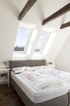Realise the VELUX potential in your home. In a loft you need to make the most out of your space. Top-hung roof windows are ideally suited to loft conversions, where space can be at a premium, as they Extra Bedroom, Bedroom Loft, Loft Storage, Modern Roofing, Roof Window, Uk Homes, Your Space, Beautiful Homes, Loft Conversions