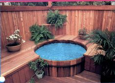 A wooden hot tub harmoniously blended within decking & fencing - you'd hardly know it was there. A wooden hot tub harmoniously blended within decking & fencing - you'd hardly know it was there. Hot Tub Deck, Hot Tub Backyard, Hot Tub Garden, Backyard Patio, Jacuzzi Outdoor Hot Tubs, Outdoor Tub, Spa Design, Whirlpool Deck, Stock Tank Pool