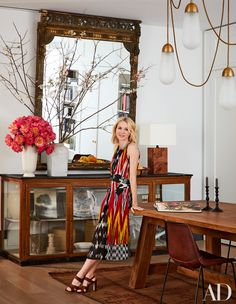 Naomi Watts and Liev Schreiber collaborate with design firm Ashe + Leandro to transform a Manhattan artist's loft into an inviting family home New York Loft, Ny Loft, Naomi Watts, Architectural Digest, New York Apartments, New York City Apartment, Soho Apartment, Girls Apartment, Family Apartment