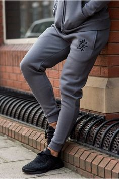 b3a6146671 Tracksuit Joggers #gymking Mens Outdoor Fashion, Mens Sweatpants, Joggers,  King Outfit,