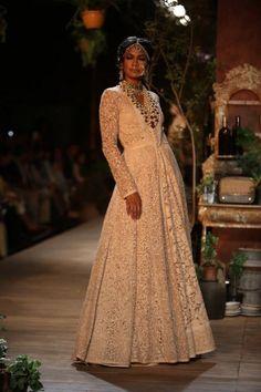 Delhi Couture Week 2013 Photos – Sabyasachi ivory lace lengha anarkali dress