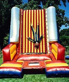 Def wanna do this sometime... Velcro Wall!